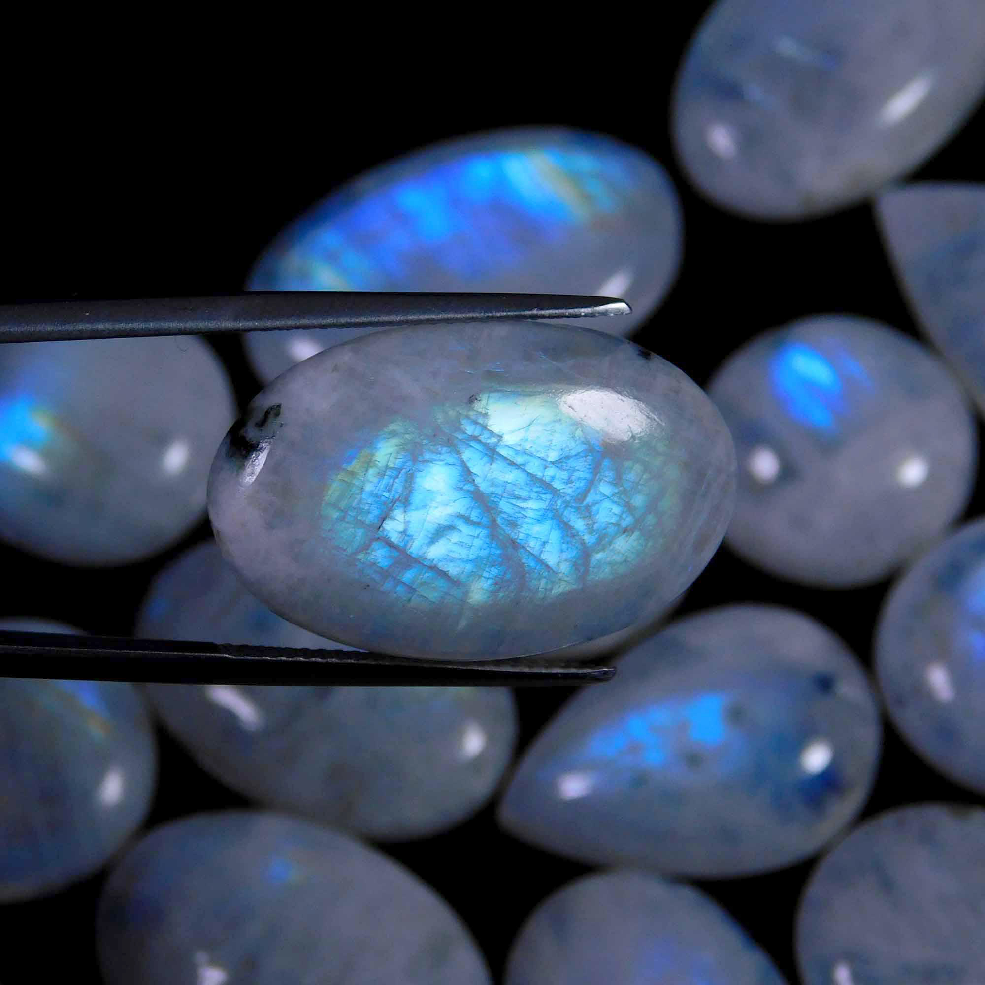 52Pcs. Lot Natural Blue Flash Rainbow Moonstone Mix Cabochon Gemstone 1001CTS 32-16mm.