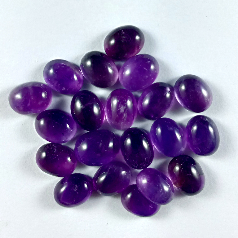 44cts 20PCs. Lot of 9x7mm Oval Cabochon Natural Amethyst Loose Calibrated Gemstone